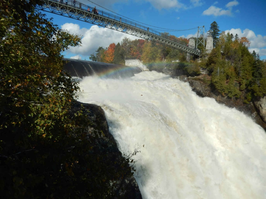 how to get to montmorency falls from quebec city